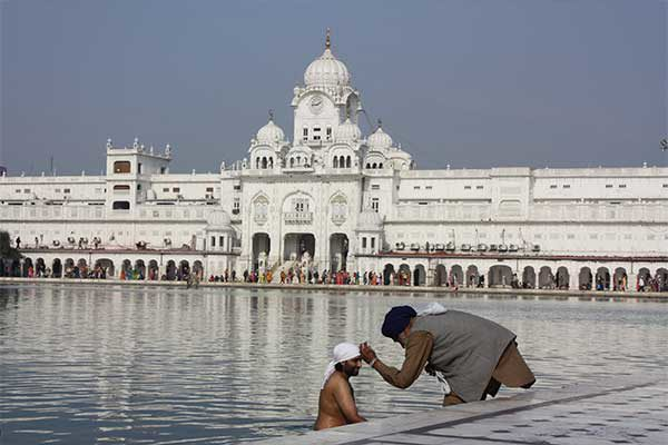 amritsar_golden_temple_6289560235