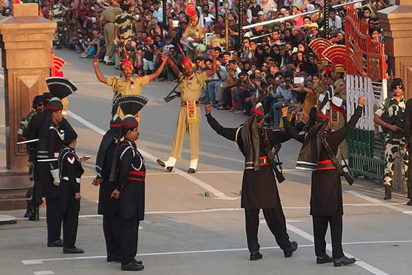 wagah_border_ceremony2