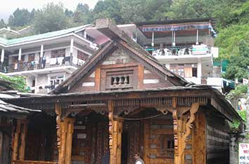 vashishta-temple-manali